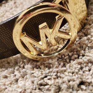 MK reversible belt